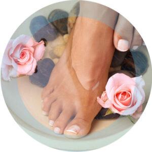 Prenez soin de vos pieds grâce à notre Fish pédicure à proximité de Saint-Omer