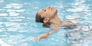 Détente au spa de nage
